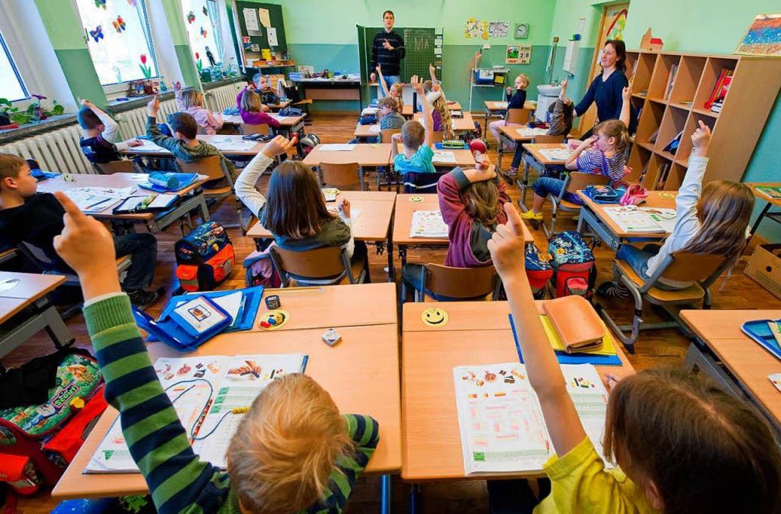 An Grundschulen herrscht Lehrermangel  | Foto: Patrick Pleul
