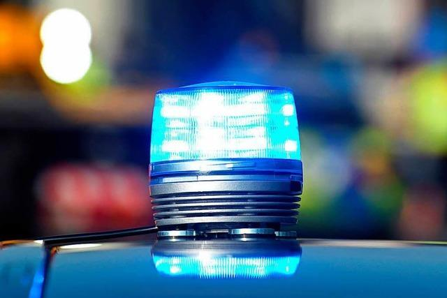 Feuerwehrmann bei Nachtumzug in Maulburg niedergeschlagen