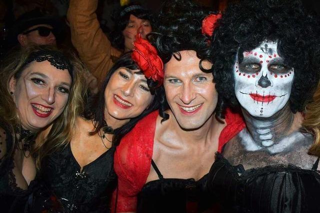 Zum Lachen und Tanzen in den Keller: So bunt feiert Offenburg den Kappeobend