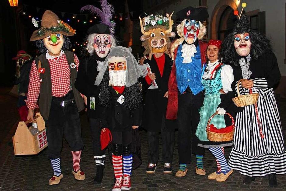 Große Endinger Schnurrnacht mit vielen maskierten Gruppen (Foto: Hans-Peter Ziesmer)
