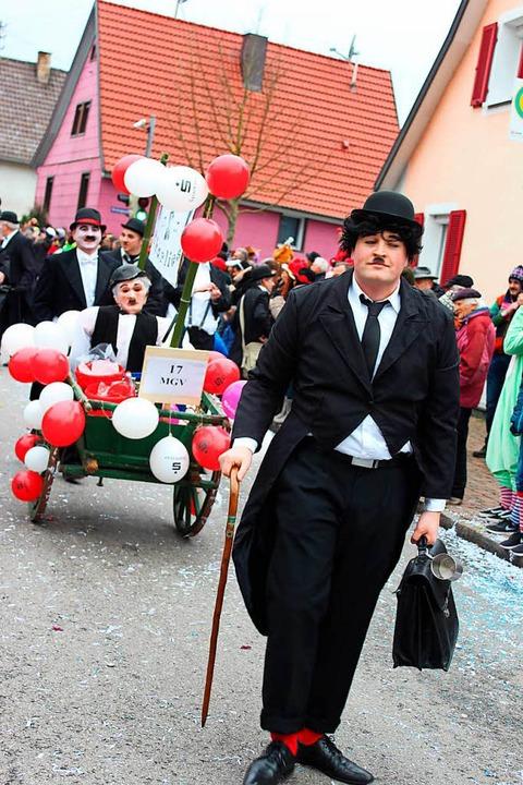 Wir sind alle Charlies: die Chaplin-Riege des Männergesangsvereins  | Foto: Mario Schöneberg