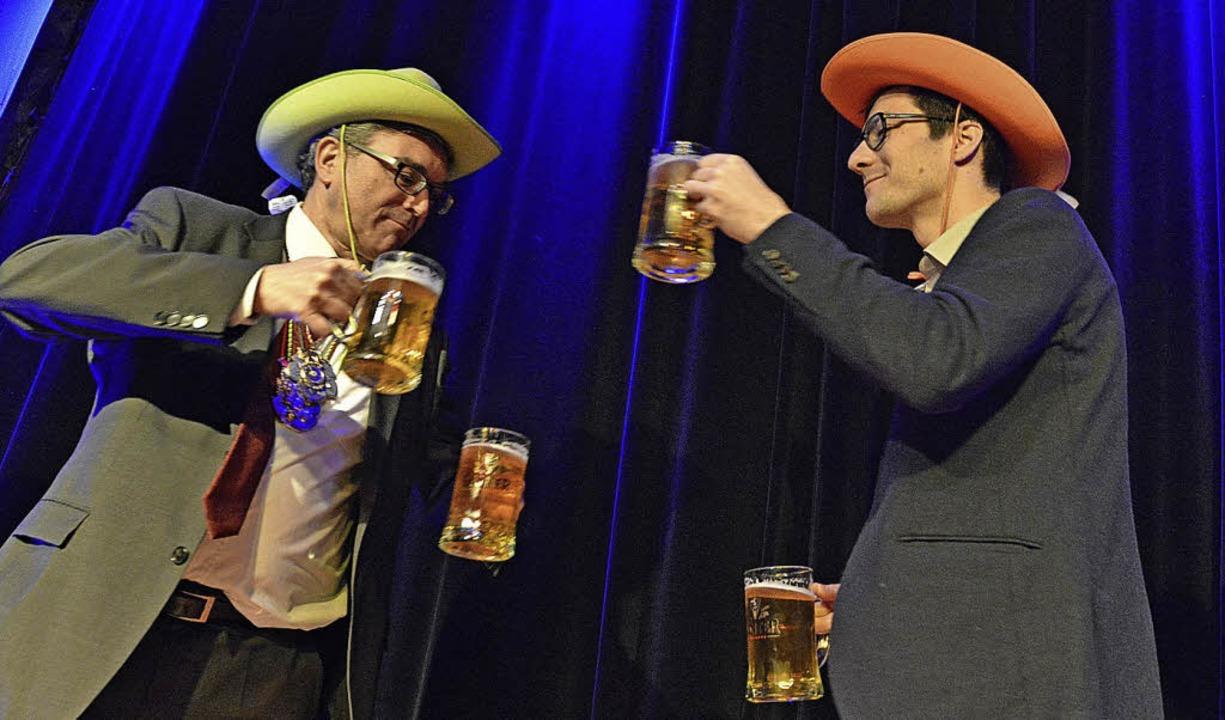 Na dann, Prost! OB Dieter Salomon und OB-Kandidat Martin Horn  | Foto: Michael Bamberger