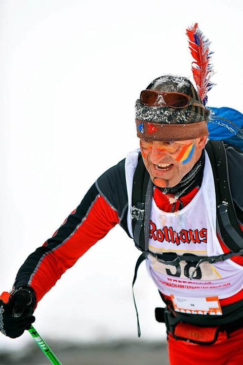 Ein Indianer auf der richtigen Fährte:...rnold Haas lief klassisch auf Rang 40.  | Foto: Wolfgang Scheu