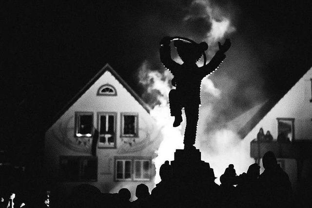 Fotos: Fackelumzug in Elzach und schaurig schöner Tanz des Teufelschuttig