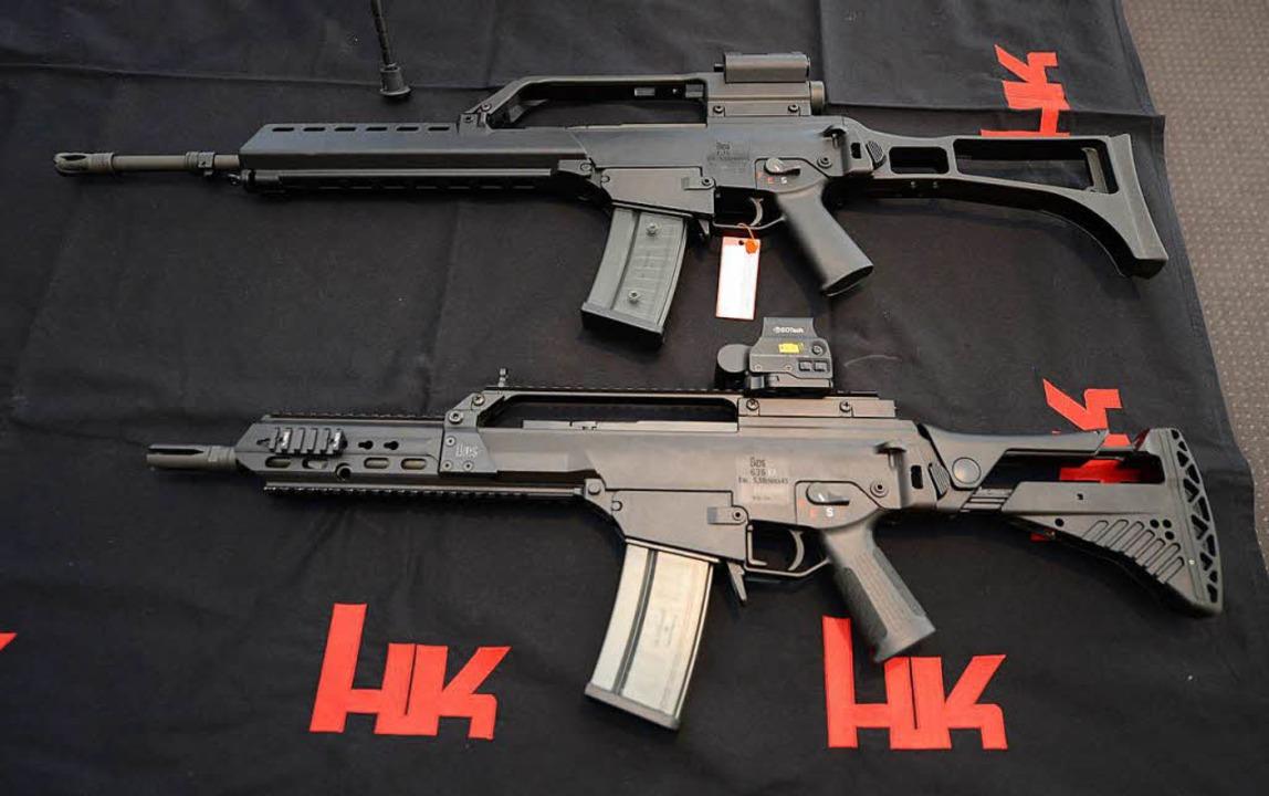 Wegen der Lieferung von G36-Gewehren n...s eine Anklage bei Gericht anhängig.    | Foto: dpa