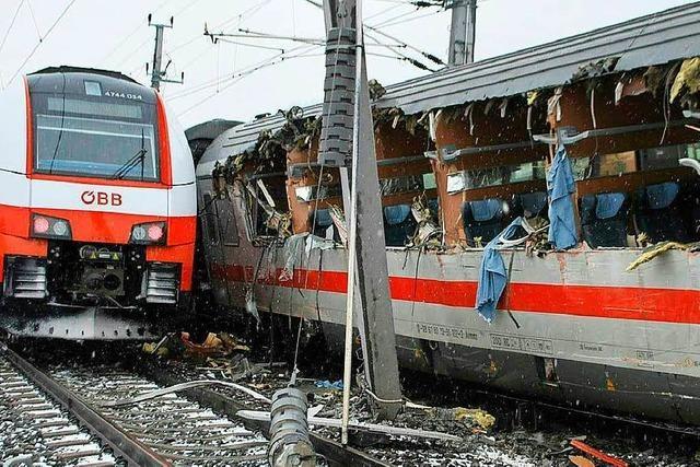 Eine Tote und Verletzte bei Zugunglück in Österreich
