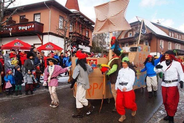 Fotos: Bunte Narretei in den Straßen von Schluchsee