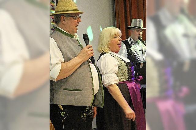Im Pfarrsaal heißt's Manege frei für Clowns, Artisten und Zauberei