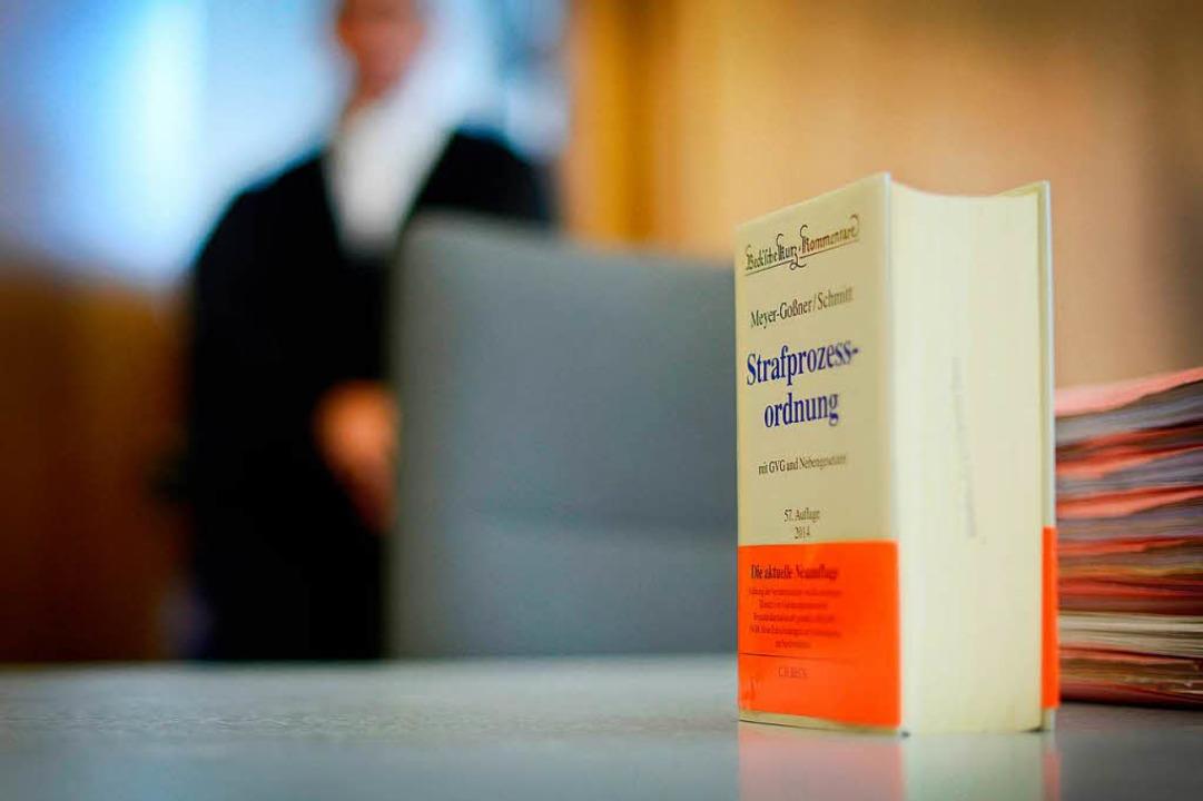 Vor dem Landgericht Freiburg ist das Urteil gegen einen Kenzinger ergangen.  | Foto: dpa