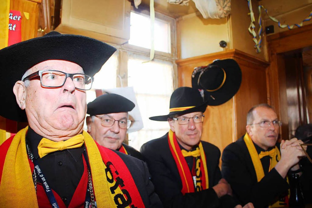 Die Schopfheimer Narrenriege um Wolfgang Bühler (Zweiter von links).  | Foto: Anja Bertsch
