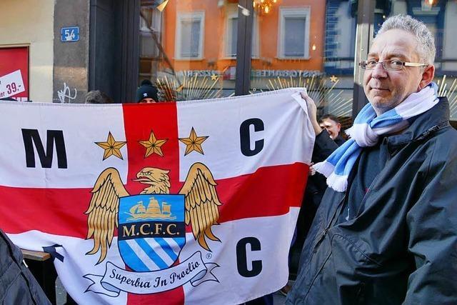 In Basel sind die Fans von Manchester City unterwegs