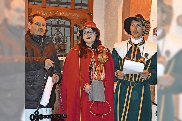 Burgvogt regiert in Häg