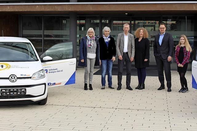Volksbank spendet Autos