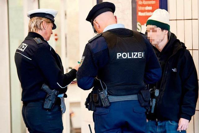 Rucksackträger von Bundespolizei kontrolliert – Fall vor Gericht