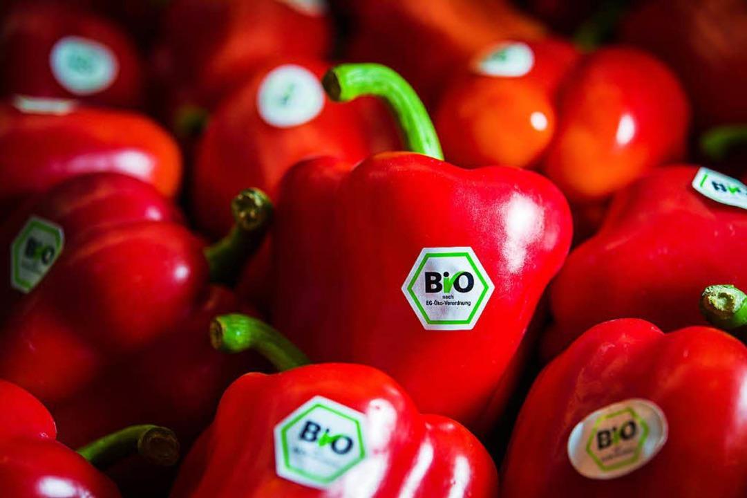 Die große Nachfrage nach Biolebensmitt...Bio-Anbaufläche in Deutschland wächst.  | Foto: dpa