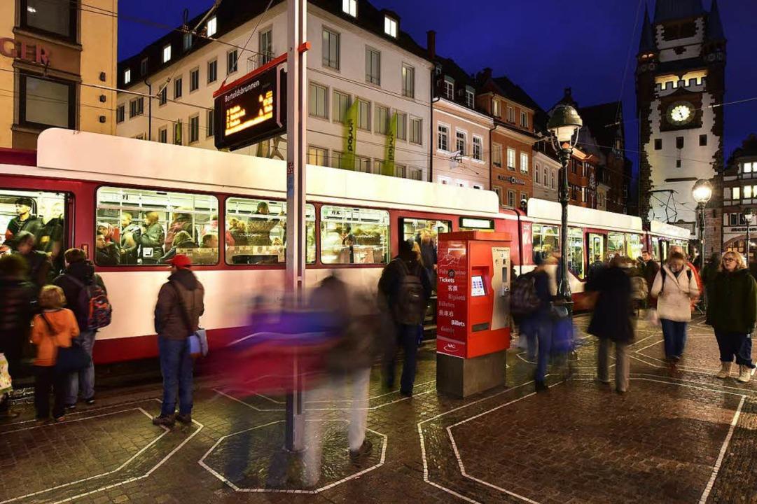 Der Freiburger Verkehrs AG würden 60 Millionen Euro Ticketeinnahmen fehlen.    Foto: Thomas Kunz
