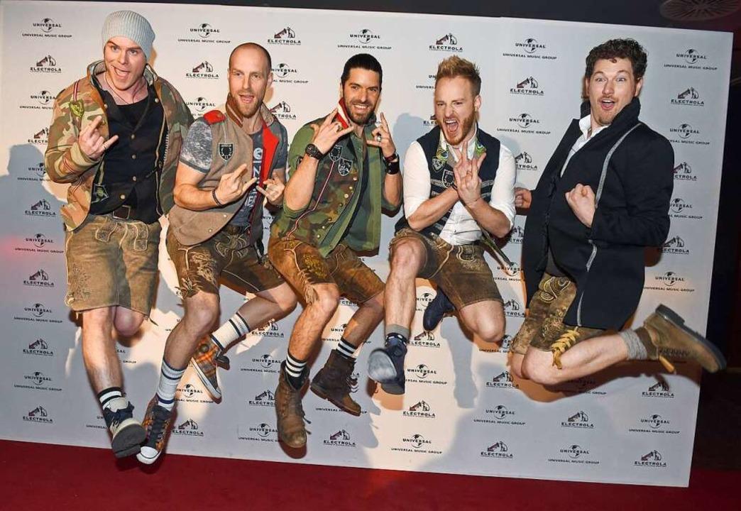 Die Band voxxClub ist eine von sechs K...ision Song Contest an den Start gehen.  | Foto: dpa