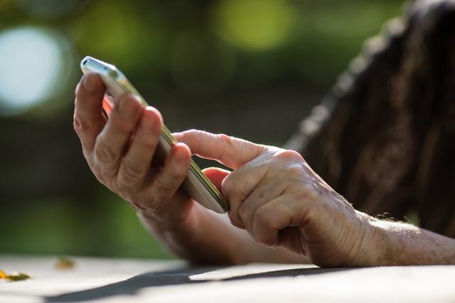 Enkeltrick: So wappnet man sich gegen Betrugsversuche am Telefon