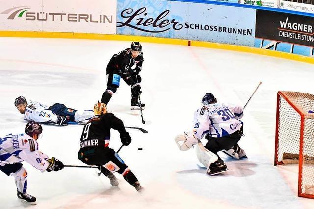 EHC Freiburg schlägt Kassel Huskies mit 3:0