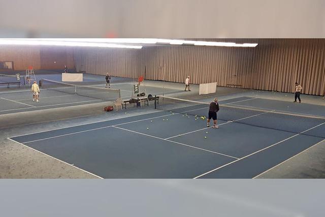 Tennishalle bleibt erstmal erhalten