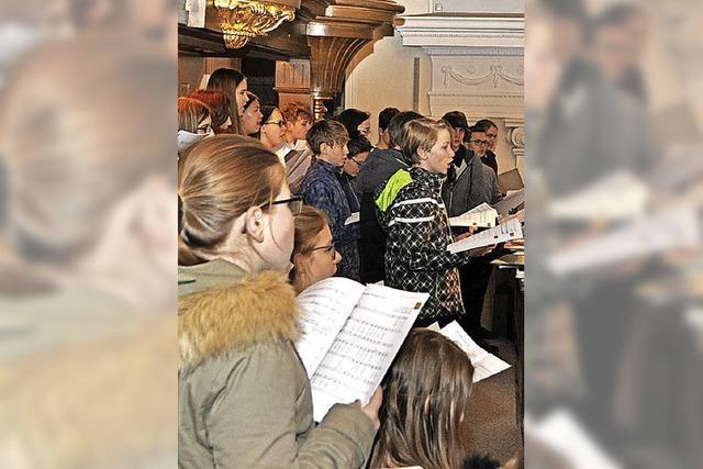 Orgelklänge und Jugendchöre