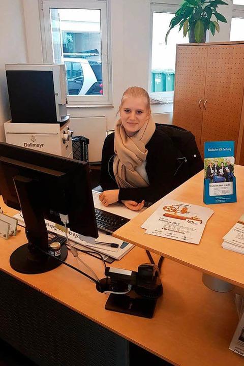 Sophia hat es sich in der Geschäftsstelle in Emmendingen gemütlich gemacht.    Foto: BZ