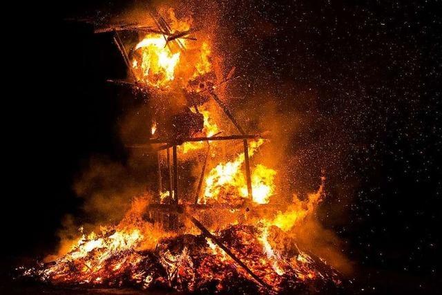Fotos: Fasnetfeuer in Gündelwangen
