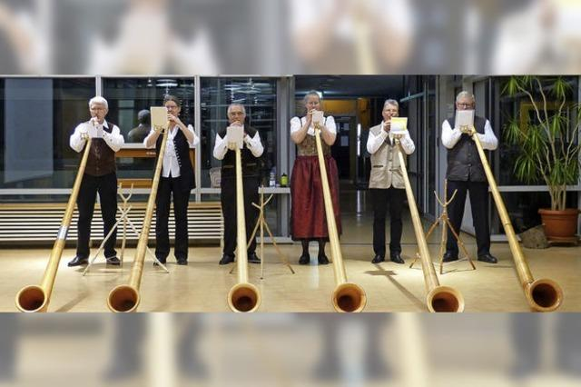Lilientaler Alphorngruppe überzeugt in neuer Besetzung