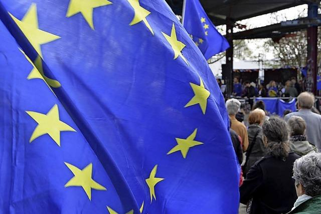 Aus Sorge um die Wahl in Italien auf die Straße
