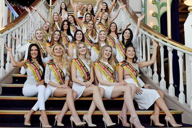 22 sehr schöne Frauen in Rust