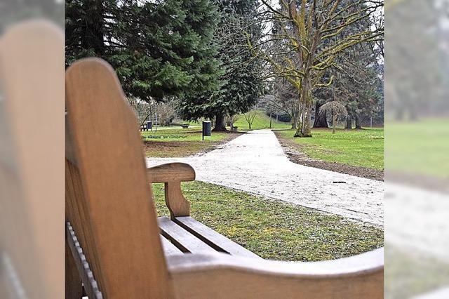 Neue Wege, Leitungen und Sitzmöglichkeiten im Kurpark