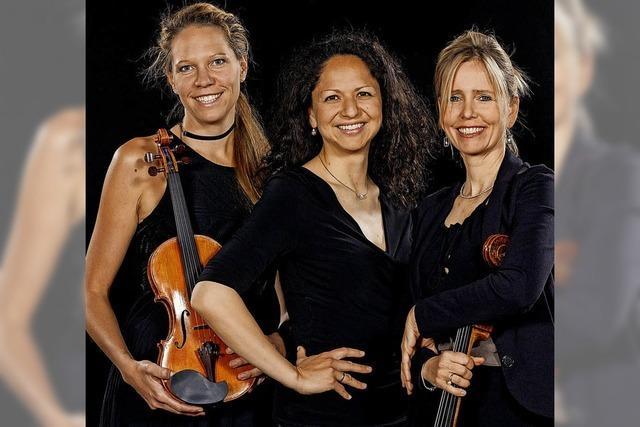 Dreimal Klaviertrio: Das Trio Maurice in Freiburg-Tiengen, das Trio Vivente in Denzlingen und das Varnhagen-Trio im Winterer-Foyer des Freiburger Theaters
