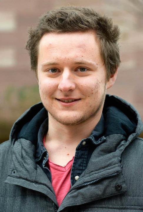 """Patrick Fees, 21, Volkswirtschaftslehr...e erinnert, finde ich sehr gut.""""    Foto: Ingo Schneider"""