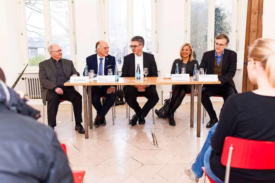Pressekonferenz der Wählerinitiative i...omon, Brigit Woelke und Peer Klabundt.    Foto: Peter Hermann