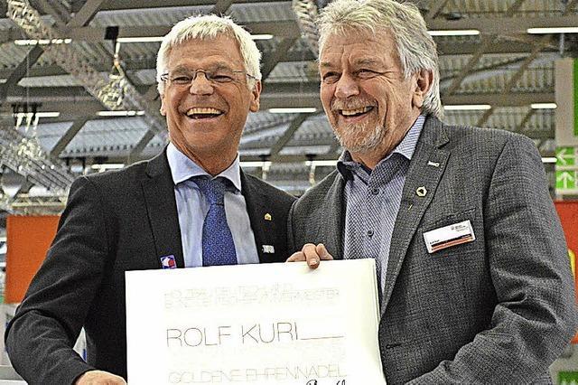 Holzbau-Verband zeichnet Ingenieur Rolf Kuri aus