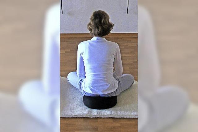 Tanzen und meditieren mit Gleichgesinnten in Hausen