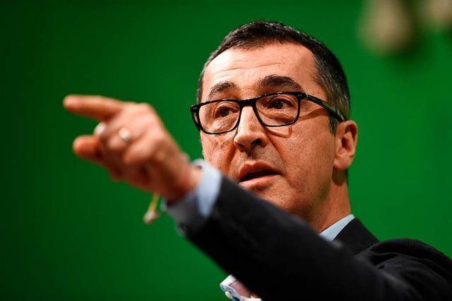 Özdemir rechnet in Bundestagsdebatte über Yücel mit AfD ab