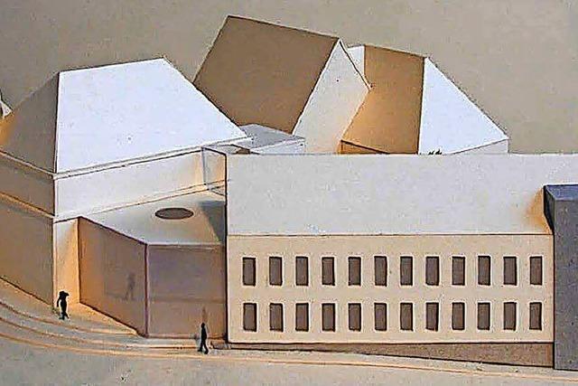 Gelbes Rathaus bald ohne Bausünde?