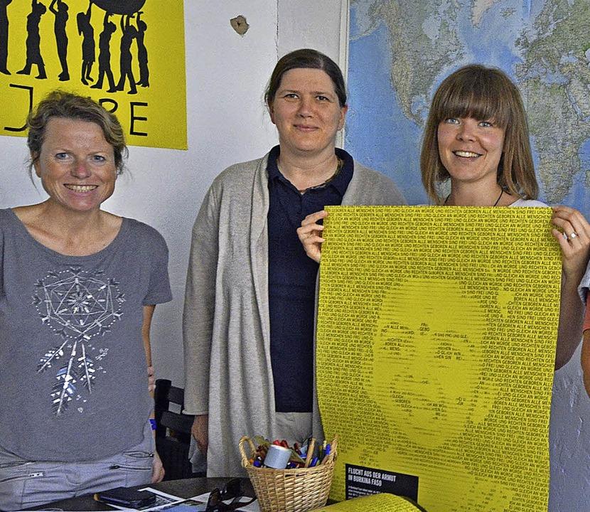Menschenrechts-Aktivistinnen aus Freib...r und Sabrina Scherzinger (von links)   | Foto:  BAMBERGER