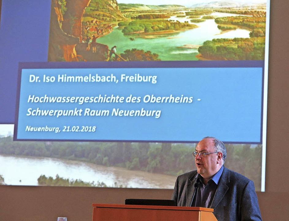 Der Freiburger Historiker und Politolo...ichte am Oberrhein auseinandergesetzt.  | Foto: Dorothee Philipp