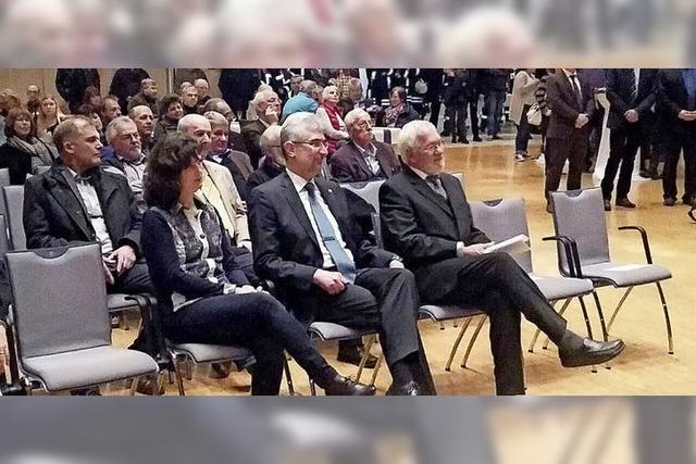 Michael Thater bleibt Bürgermeister