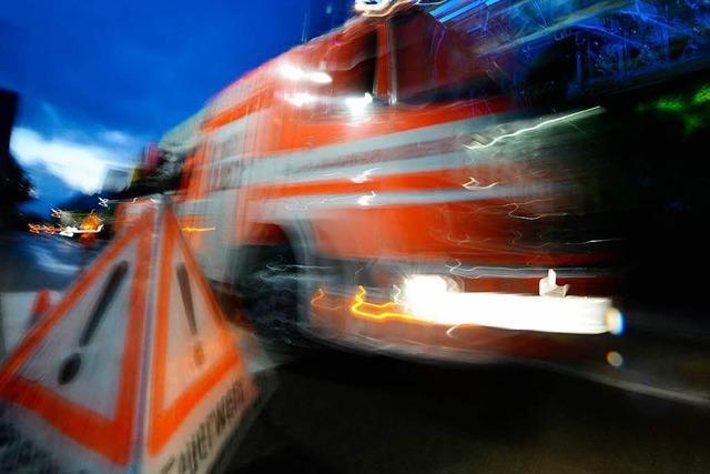 Sechs Wohnungen mussten bei Küchenbrand im Stühlinger evakuiert werden