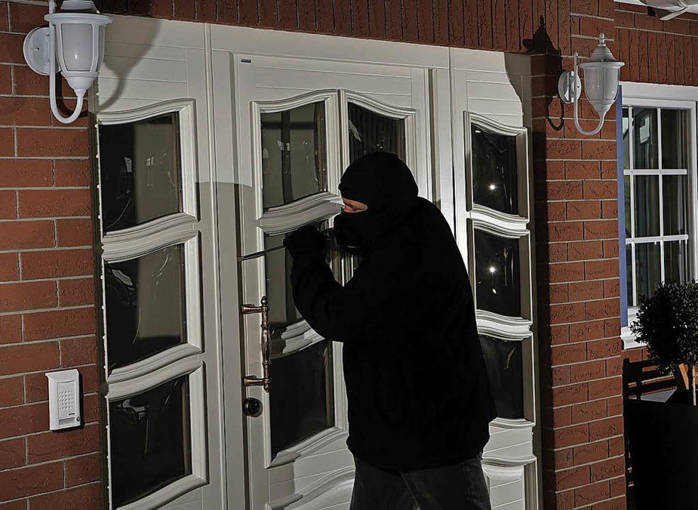 Sind sie innerhalb von fünf Minuten ni...ten Einbrecher auf, weiß die Polizei.   | Foto: VFF/Bayerwald