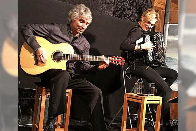 Das Duo Christine Schmid und Gaetano Siino begeistert in Kirchzarten