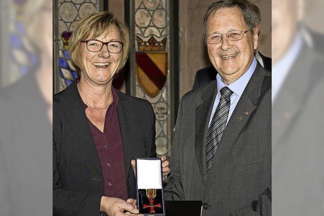 Bundesverdienstkreuz am Bande: Ehemaliger Wittnauer Bürgermeister Birkle geehrt