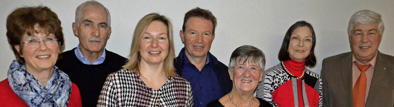 Sängerbundvorsitzender Reinhard Knorr ...itzender Förderverein) und  Ruth Buck.  | Foto: Schopferer