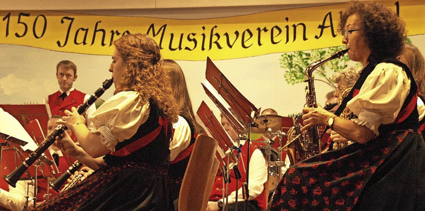 Ein feuriges Weihnachtskonzert war ein...hr soll es ein solches Konzert geben.   | Foto: Karin Steinebrunner