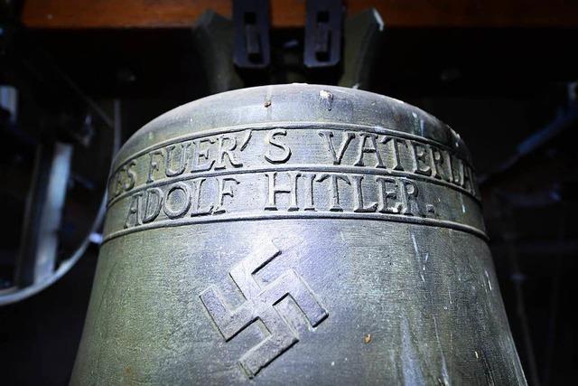 Die Hitler-Glocke in Herxheim/Berg darf weiter bimmeln