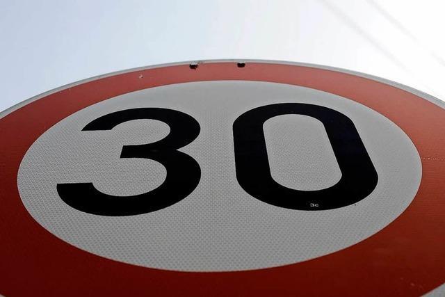 Tempo 30 in der Hauptstraße reicht einigen Anliegern nicht