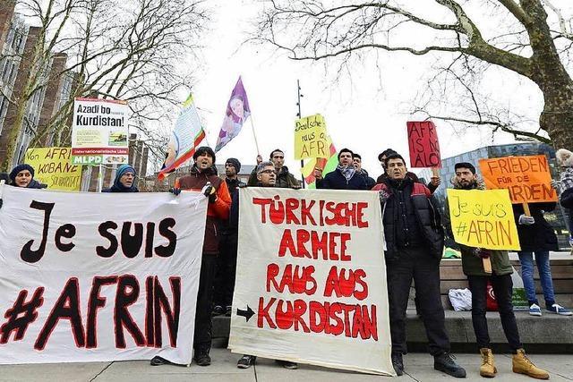 Kurden wollen am Samstag mit verbotenen Symbolen in Freiburg demonstrieren